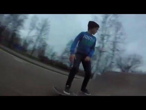 Jaunais Liepajnieks Alekss Andersons ar savu skeita video